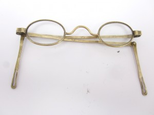 EARLY VINTAGE EYE GLASSES