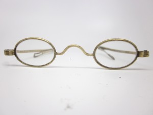 EARLY AMERICAN VINTAGE EYE GLASSES