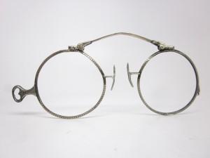 pince nez vintage eyewear