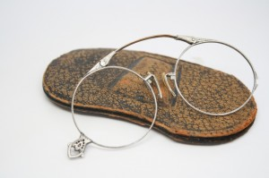 Pince nez antique eyewear