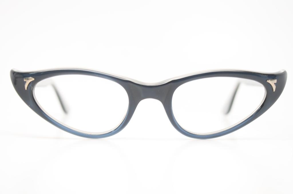 Blue cat eye glasses