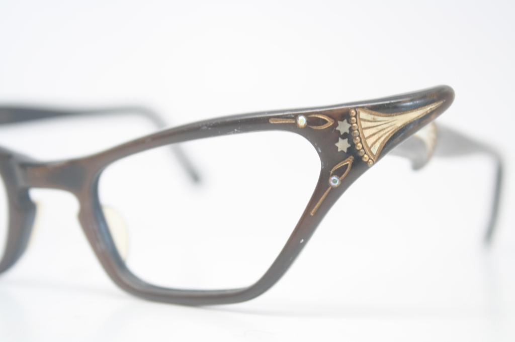 cats eye glasses