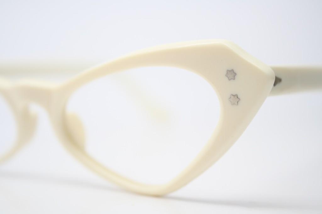 Bone White Cat Eyeglasses
