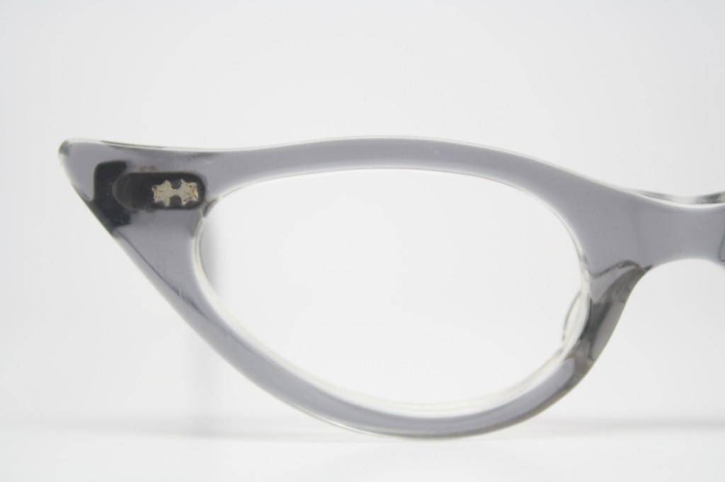 gray pointy cat eye glasses
